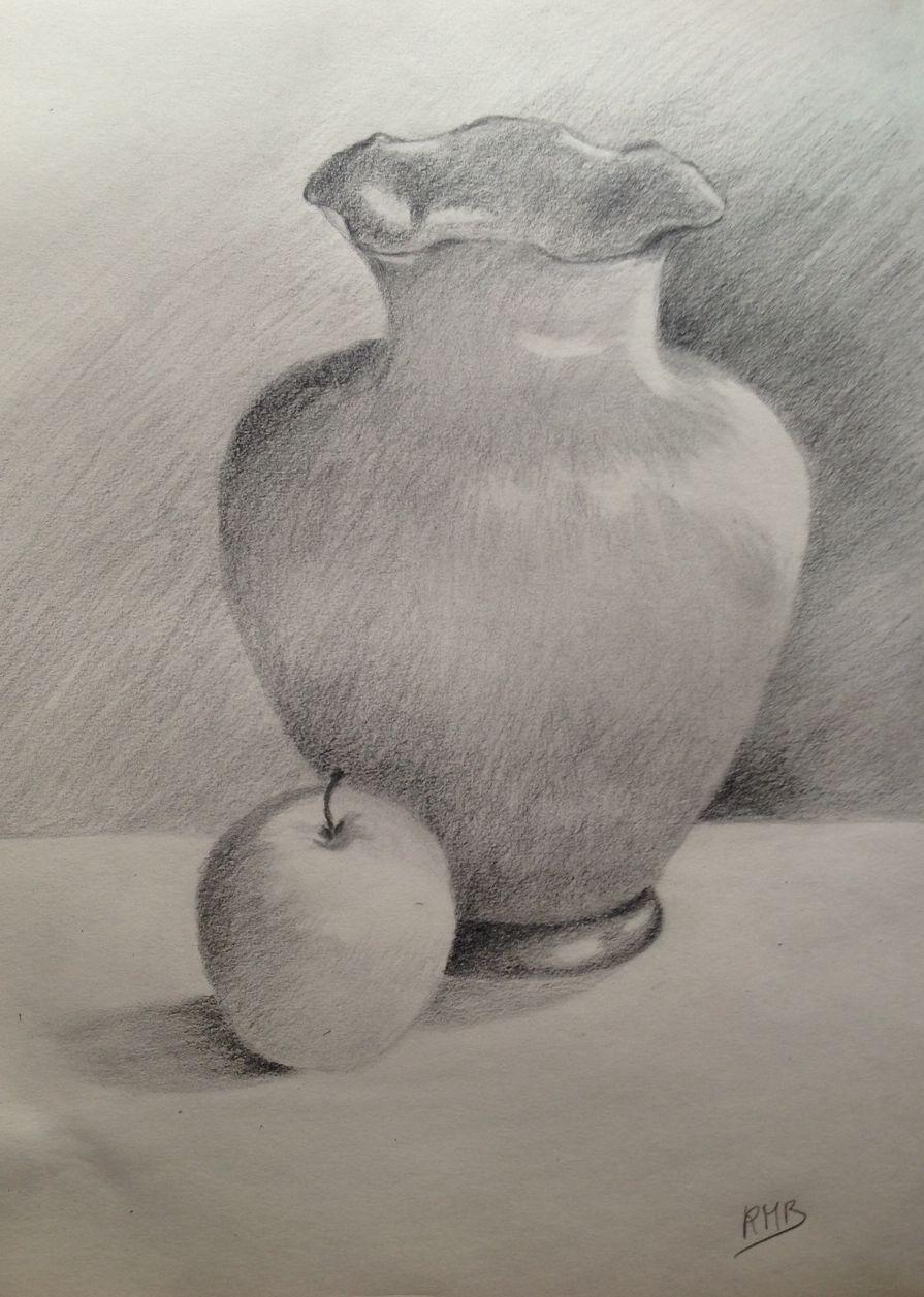 Rose marie vase et pomme crayon 1